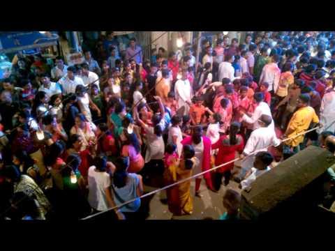 Kalulach Pani Kashala Dhavlil Dj crowd Dance Video