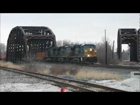 Railfanning Blue Island, IL on Christmas Eve 2012: IAIS, CSX, IHB, CN & Metra