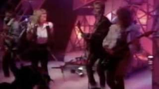 Samantha Fox Do Ya Do Ya Wanna Please Me Live TOTP UK 07 1986 3