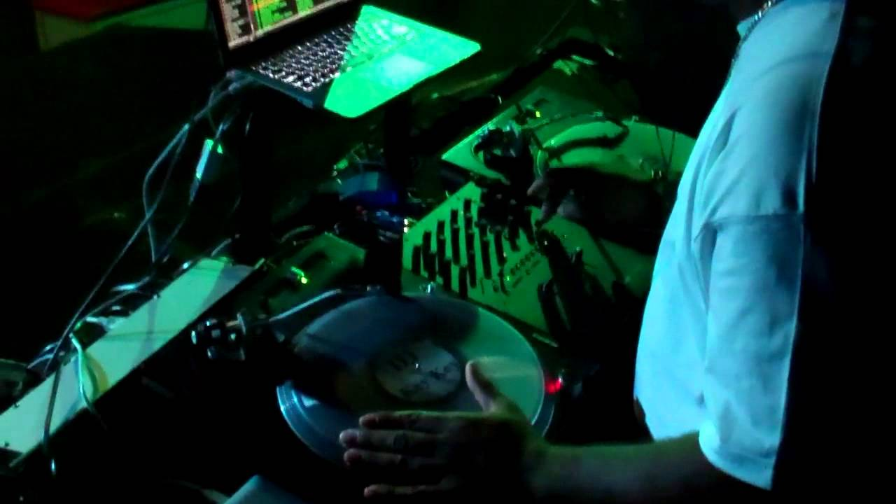 Rane Serato Live Music Video Mixing Video Setup Demonstration at Nightclub DJ KeyKey