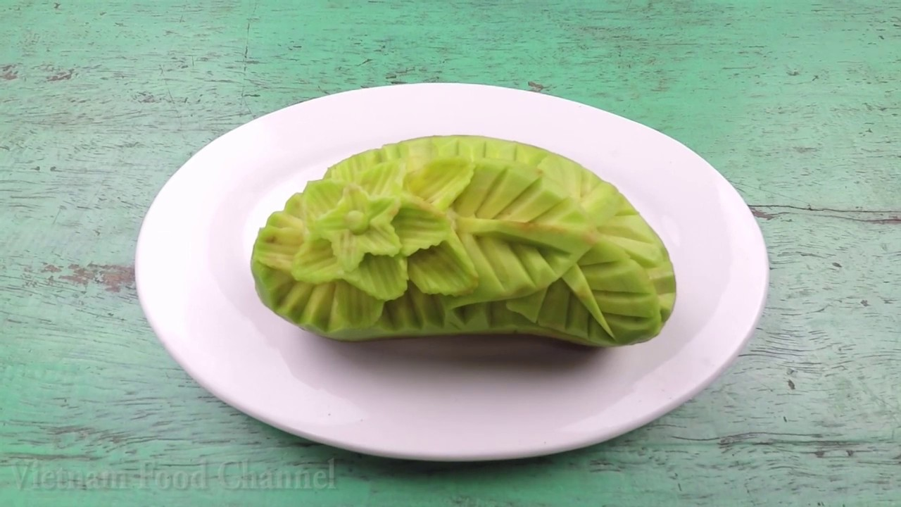 Avocado Carving (01)