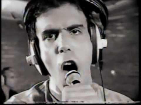"""Titãs no Clip Clip 1986 - Entrevista + """"Massacre"""""""