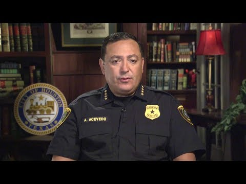 "Meet Houston's Latino Police Chief Standing Up to Texas's Anti-Immigrant ""Show Me Your Papers"" Law"