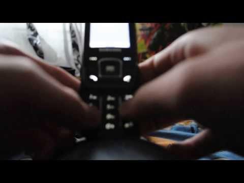 Mario theme on Samsung phone with keyboard