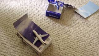 Last School Day Unboxing: Southwest and Alaska Airlines toy airplanes from Amazon!