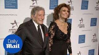 Sophia Loren elegant as ever as she's honored at NY gala - Daily Mail