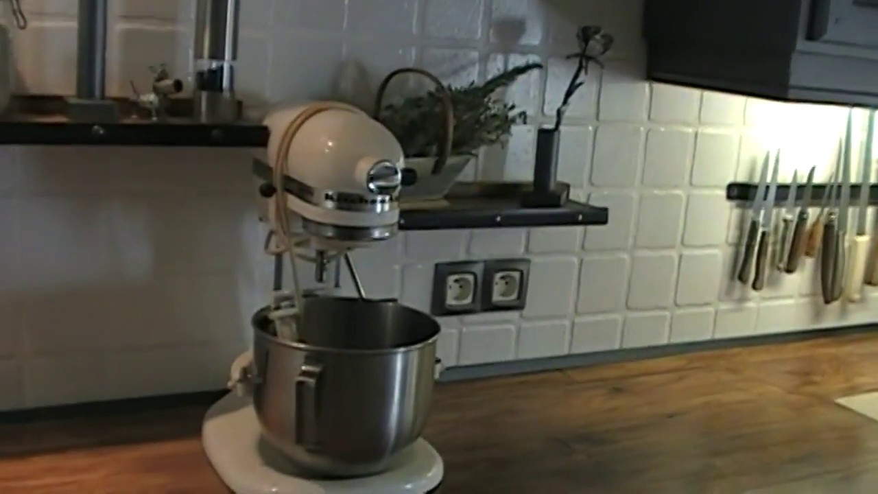 Relooking cuisine r novation du rustique l 39 industriel kastepat youtube - Relooking cuisine rustique ...