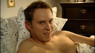 Video Peep Show S4E1 Sophie's Parents download MP3, 3GP, MP4, WEBM, AVI, FLV November 2017