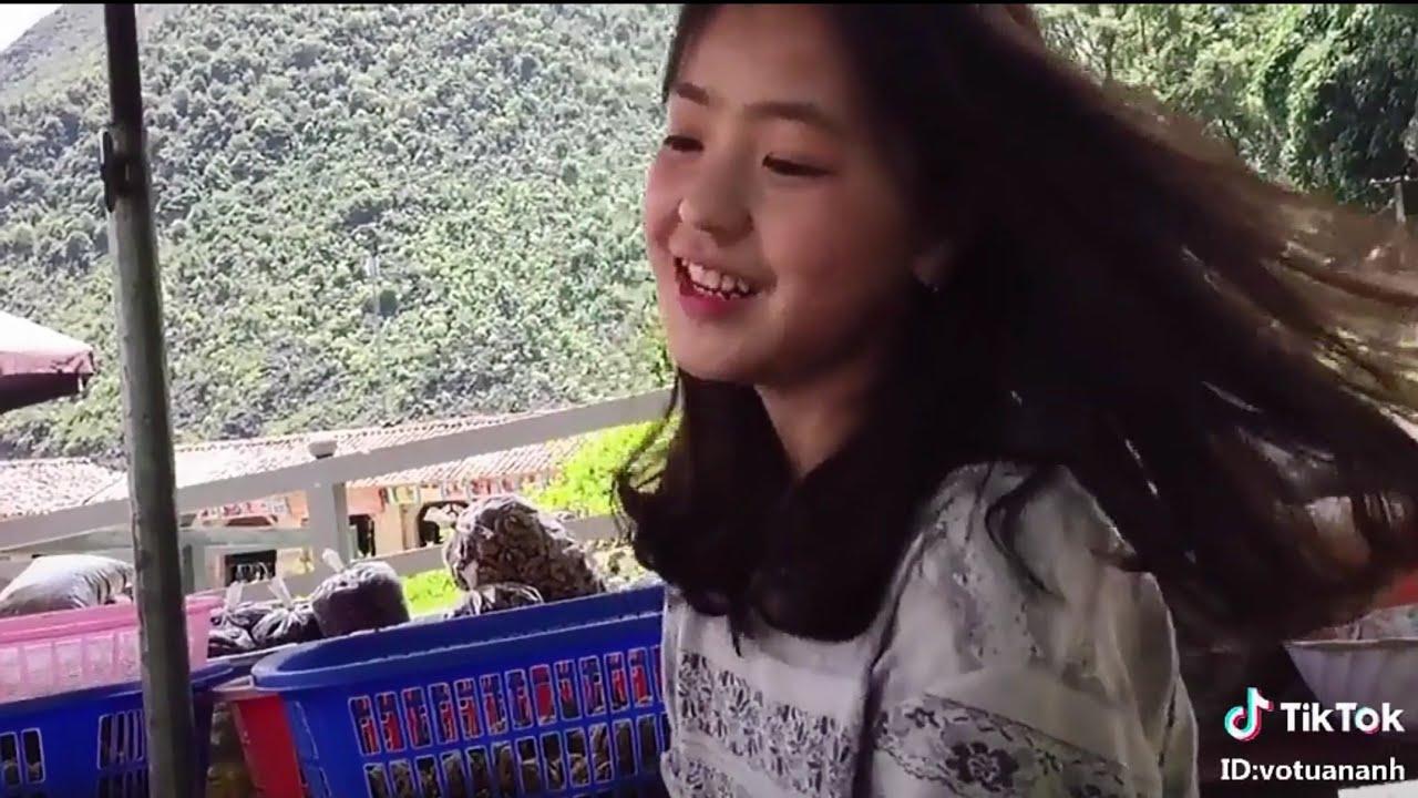 Tiktok Vương Sinh | Kém duyên màn Thả Thính của cô bé bán trái cây
