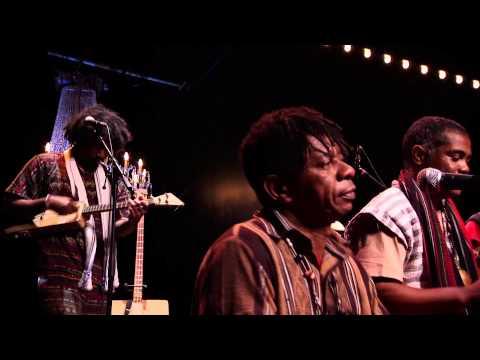 Ny Malagasy Orkestra - Maho -