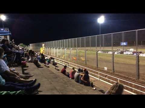SO. Speedway Dwarf cars 6-2-18 Main