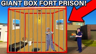24 HOUR GIANT BOX FORT PRISON ESCAPE!! 📦🚔 (UNBOXING)