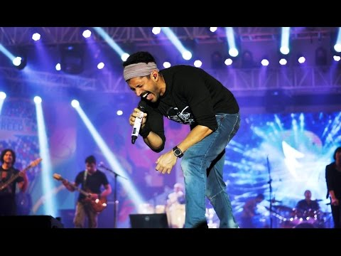 Farhan akhtar live | tum ho toh | rock on!!
