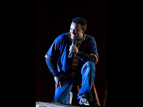 Teddy Afro ThrowBack - Addis Ababa Stadium live