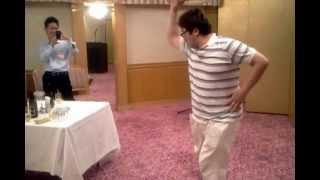 あのタンバリン芸人ゴンゾーが、異業種交流会LEBSに飛び入り参加! http...