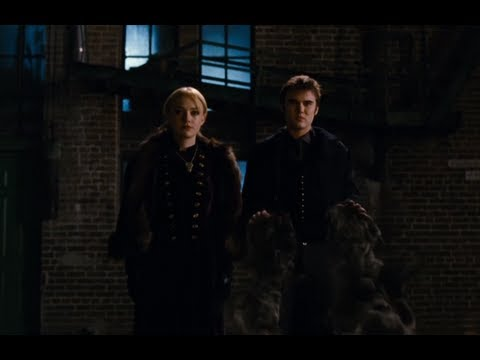 Dakota Fanning Breaking Dawn Part 2 Clip - Jane and Alec ...