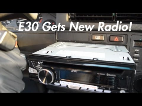 e30 gets new radio! | e30 build ep 7