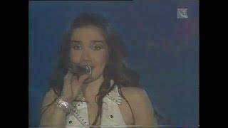 Download Natalia Oreiro - Cambio dolor - 6.4.2001 - Bratislava, SK - 017 Mp3 and Videos