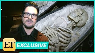 Baixar Zak Bagans of Ghost Adventures Takes ET on a Tour of his Haunted Museum (EXTENDED CUT)