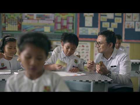 Iklan Raya 2018: Kuih Habuk Mak | A Traveloka Film