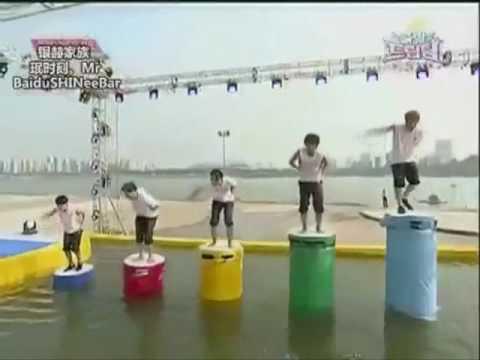 Siwon dancing to Rain's Love song
