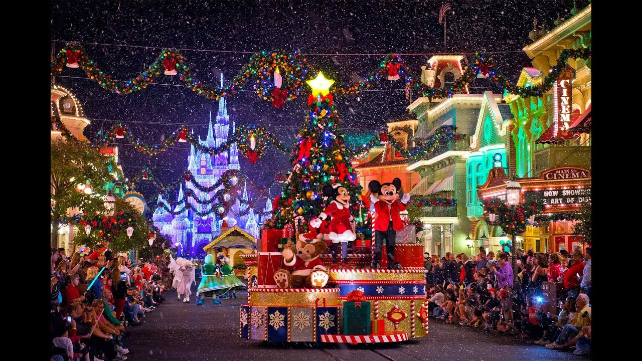 decorations noel disney 2018 La Parade de Noël Disney 2014   Disney's Christmas Parade  decorations noel disney 2018