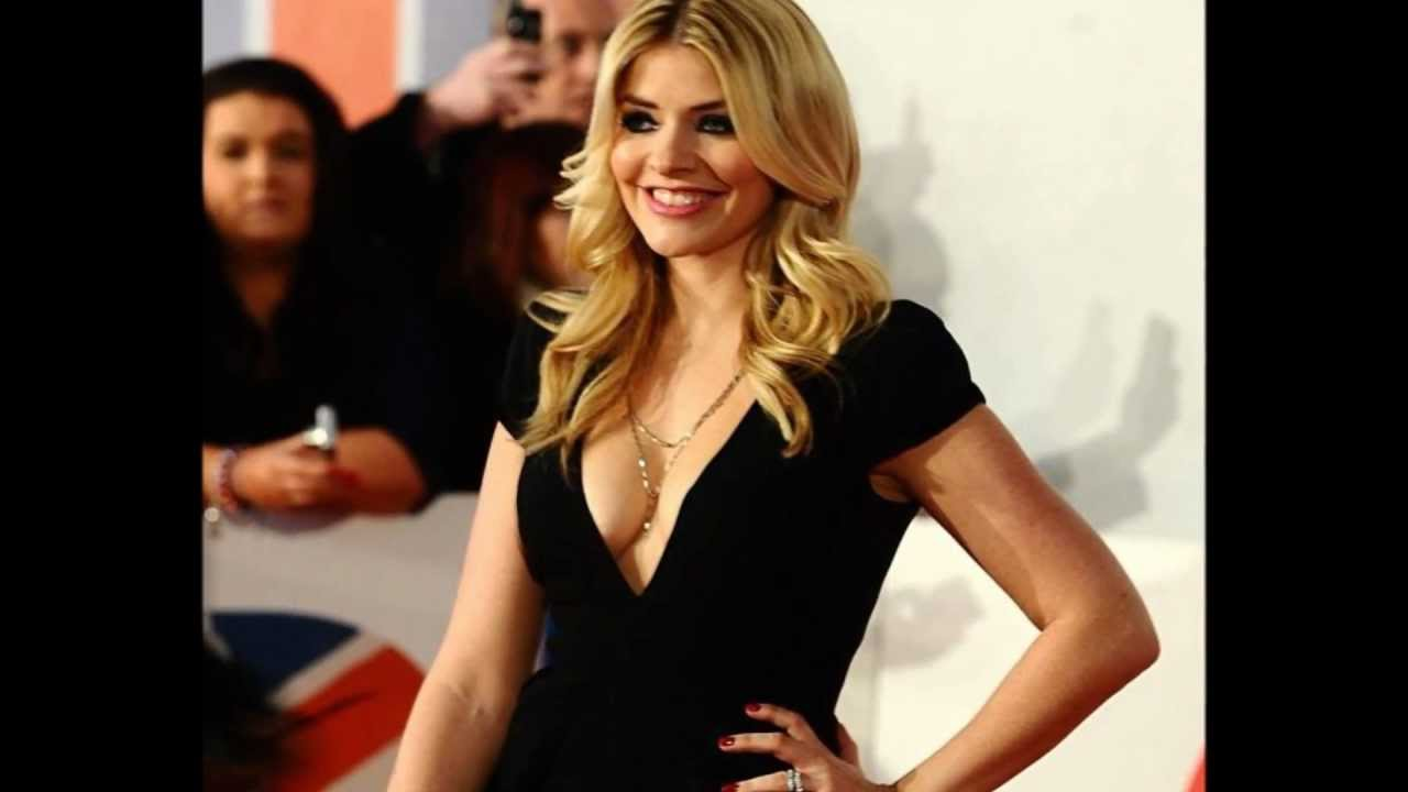 fame Cleavage hall of