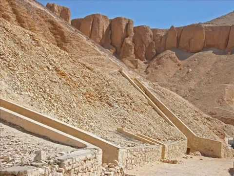 Day Tours to Luxor East & West Banks From Marsa Alam
