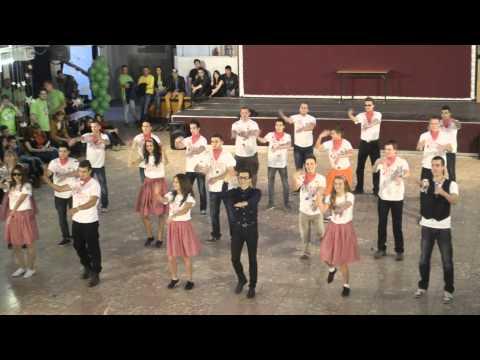 12.B Brease diáknapi tánc (2013-Neumann)