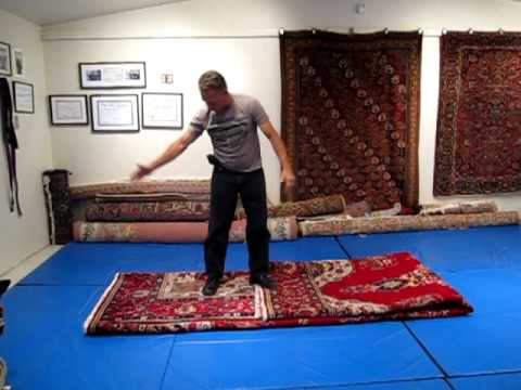 How to properly fold an oriental rug