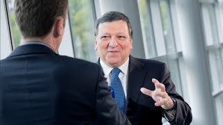 Barroso lays down Commission reins thumbnail