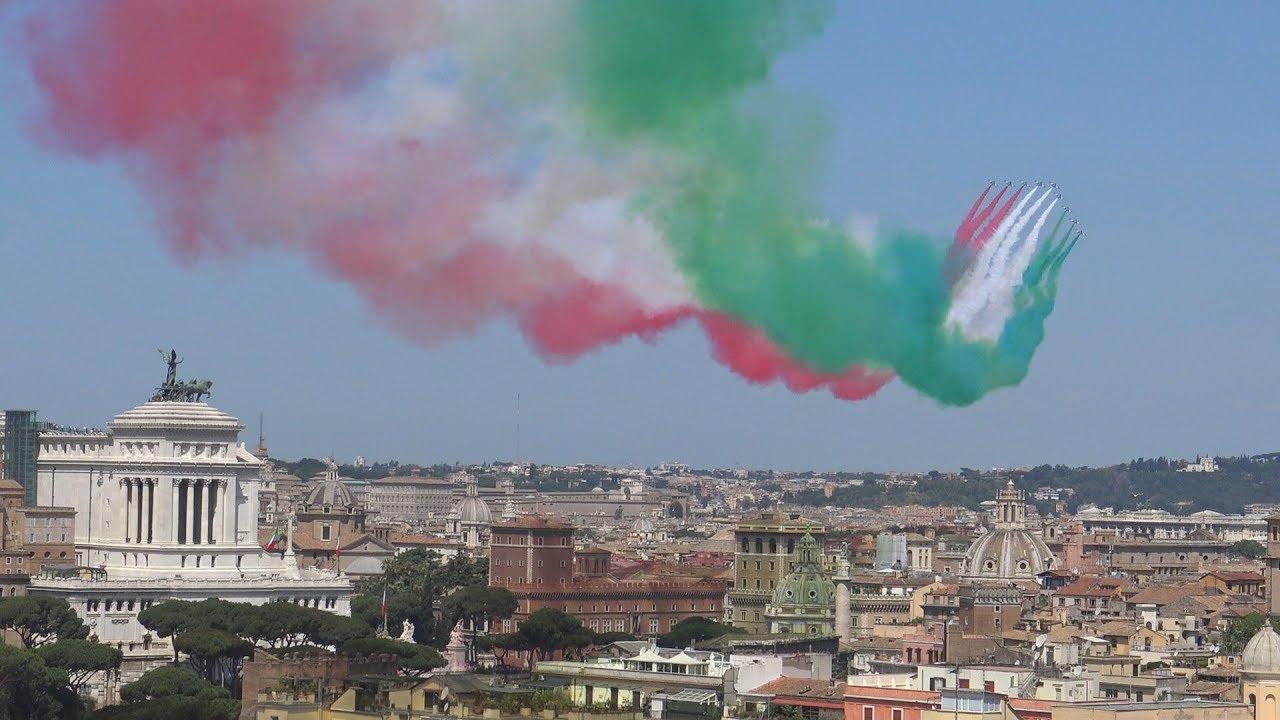 Sorvolo Frecce Tricolori Roma 2 Giugno 2018 Youtube