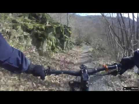 Cannondale Beast of the east Trail surfing