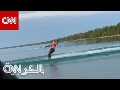 مراهقان يتزلجان على المياه في بحيرة ميشيغين لمسافة 62 ميلاً  - 10:54-2019 / 8 / 21
