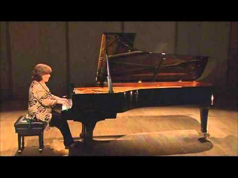 Dina Yoffe plays Scriabin 5 preludes