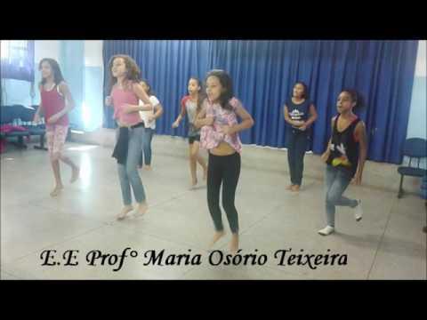 PROJETO: Dança afro nas escolas     (PROFESSOR DE DANÇA AFRO: CARLOS VITOR)