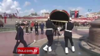 """لأول مرة في تاريخ الجمهورية.. شرطية محجبة تظهر في احتفالات """"عيد النصر"""" بتركيا"""