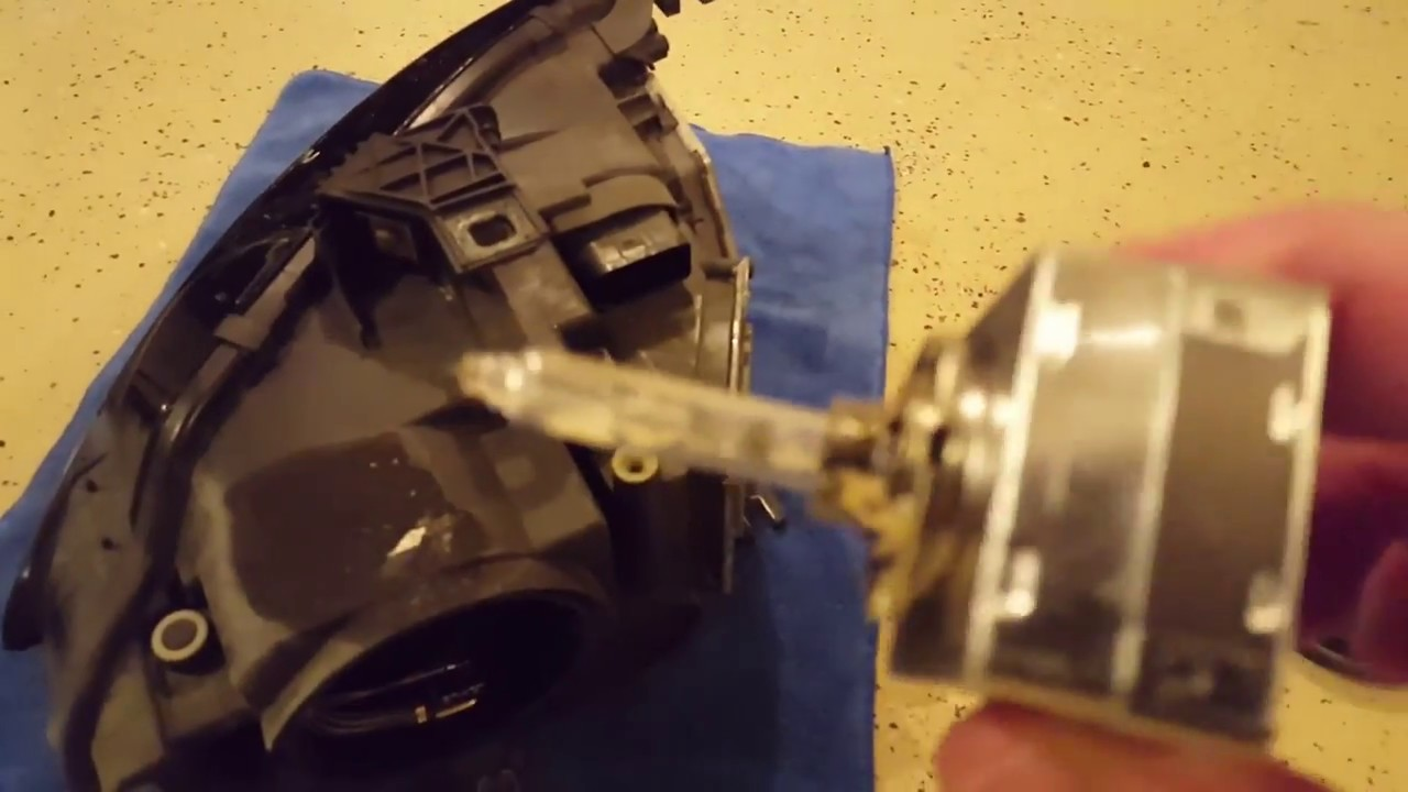 Audi A4s4 B8 Hid Headlamp Bulb Replacement Youtube