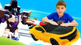 Игры в Трансформеры, машинки и аварии: Мегатрон подстрелил Бамблби! Видео про роботов и диноботов
