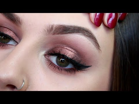 URBAN DECAY NAKED HEAT REVIEW, SWATCHES AND TUTORIAL | Amber Ash | HollBarnes