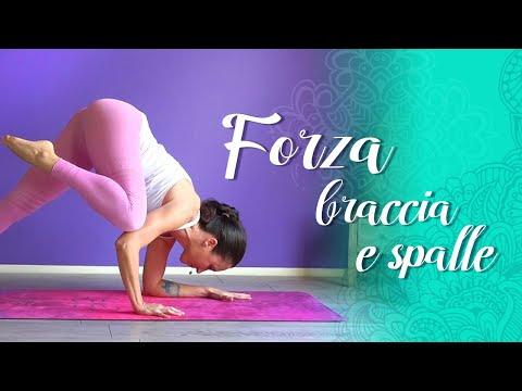 Yoga -Forza Per La Parte Superiore Del Corpo