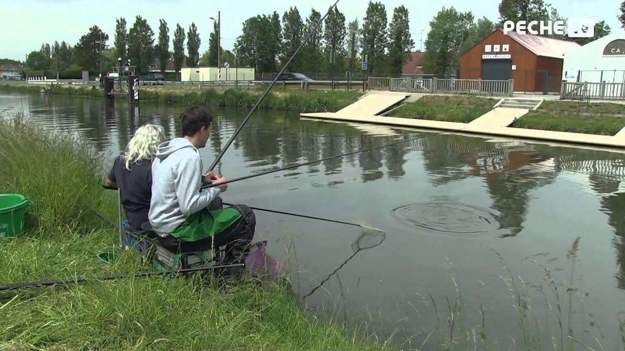 La pêche dans les dessins ridicules