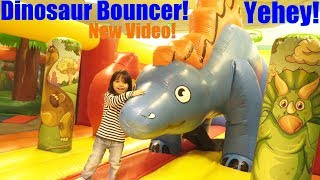 Kids' DINOSAUR LAND! Dinosaur Bouncers, Dinosaur Train, Dinosaur Carousel, Dinosaur Toy and More!