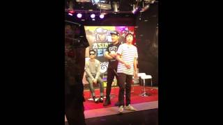 [fancam] Epik High at Channel V thailand - members coming closer to fans