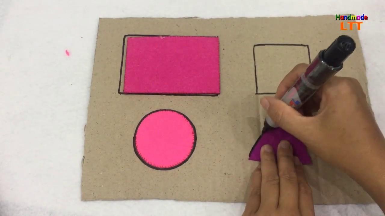 Bảng dạy hình học từ bìa carton và vải nỉ   Dạy con nhận biết các hình khối bằng đồ chơi vải nỉ.