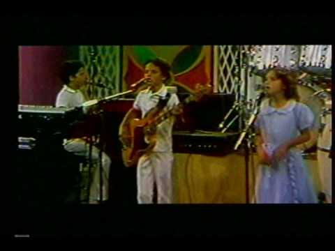 Los Abejorros Se Tambalea Costa Rica Musica