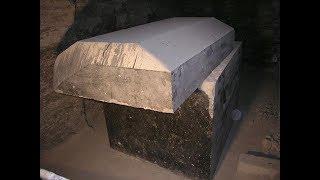 Разгадать эту тайну не  просто даже учёным. Саркофаги из камня которые никто не сможет повторить.