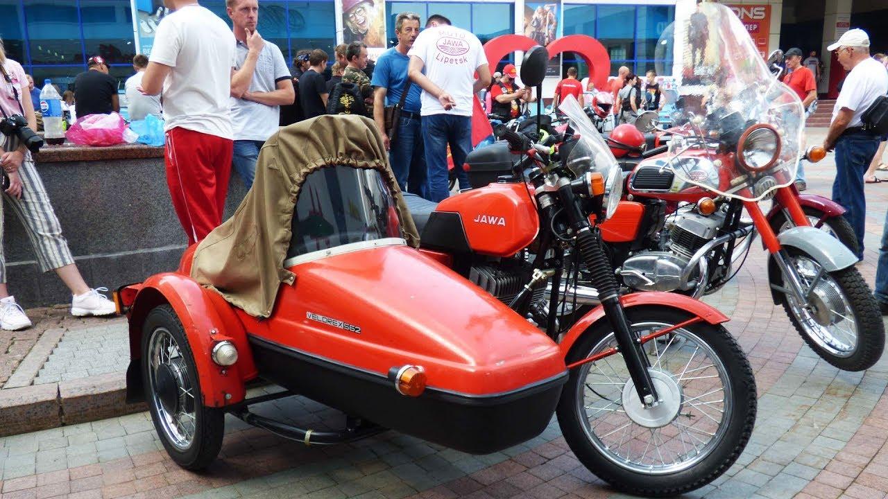 Ретро Выставка: Советские Автомобили, Мотоциклы и Игрушки
