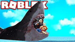 MY GIRLFRIEND and I ARE EATEN BY A GIANT MEGALODON IN ROBLOX (SURVIVE SHARK ATTACK!)