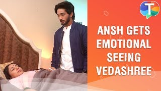 Ansh gets emotional seeing Vedashree lie unconsciously on bed | Nazar | 17th December 2019